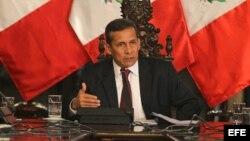 Ollanta Humala dijo que su gobierno no puede dialogar con terroristas que matan a mansalva y secuestran niños.