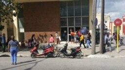 Banco Popular de Ahorro de La Borla, en la provincia de Camagüey. (Foto de Ricardo Izaguirre)