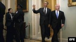 El presidente estadounidense Barack Obama camino al Senado. Foto de archivo