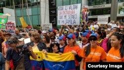 Protesta de venezolanos exiliados ante el Consulado en Miami el 20 de mayo de 2018.