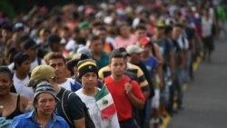 Hoy abordamos la caravana de miles de migrantes centroamericanos que atraviesa México con rumbo a Estados Unidos