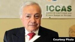 1800 Online con General Carlos Peñaloza