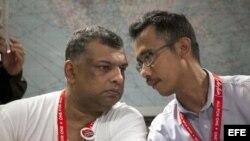 AirAsia confirma la perdida del avión con 162 pasajeros a bordo