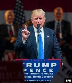 Trump hace campaña en Reno, Nevada.