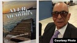 Ayer en la memoria de Francisco Javier Denis