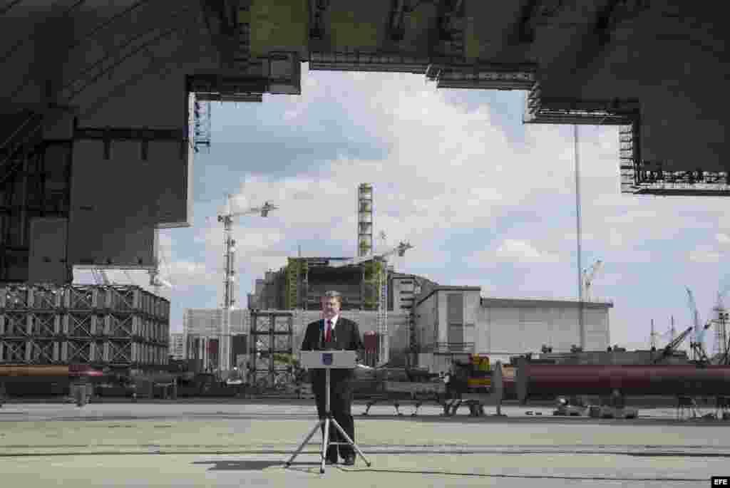 Discurso de Petro Poroshenko en el acto de recordación por el aniversario 29 de Chernobil.