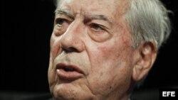 Según Mario Vargas Llosa, Internet ha infligido un golpe casi mortal a la censura de los gobiernos autoritarios.