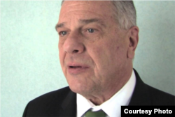 Michel Kozak tiene una larga experiencia diplomática con Cuba.
