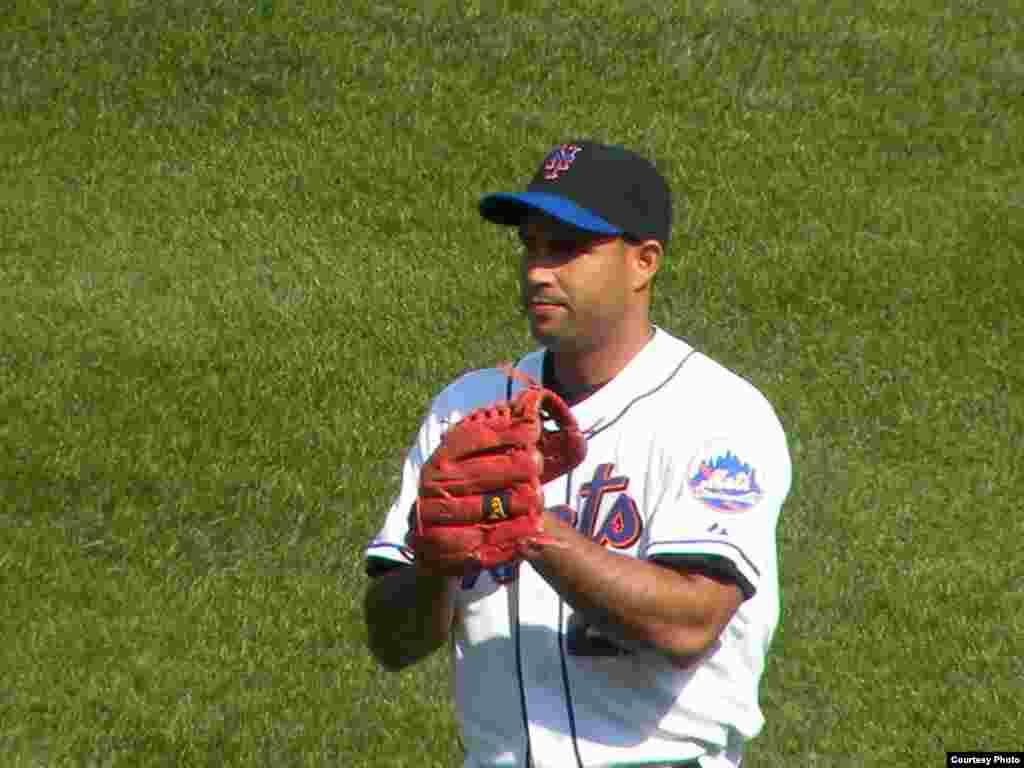 Raúl Valdés, lanzador del Lehigh Valley IronPigs, sucursal de los Filis de Filadelfia.
