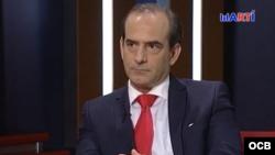 """Javier Larrondo, presidente de Cuban prisioners Defenders, entrevistado en """"Karen a las 8""""."""