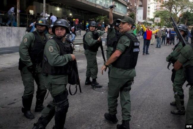 Militares en las calles de Caracas (Archivo).