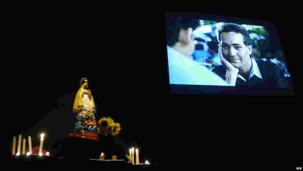 Fotografía de la película 'Fresa y Chocolate' del cineasta cubano Tomás Gutiérrez Alea, basada en el relato de Senel Paz: El lobo, el bosque y el hombre nuevo.