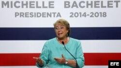 Michelet Bachelet ofrece rueda de prensa a medios extranjeros
