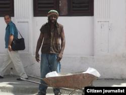 Reporta Cuba foto Niober Garcia vendedores ambulantes Guantánamo