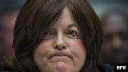 Julia Pierson, Directora del Servicio Secreto de Estados Unidos, dimite por el escándalo por el acceso de un intruso al interior de la Casa Blanca.