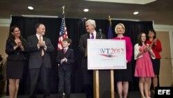 Gingrich se retira de la lid presidencial