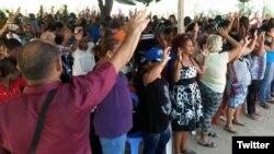 Religiosos oran en Santiago de Cuba a finales del 2019. (Foto tomada del Twitter del pastor Alaín Toledano)