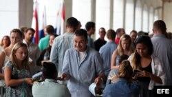 Nuevas regulaciones facilitarán viajes y comercio con Cuba.