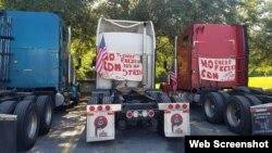 Huelga de camioneros, apostados en Tallahassee. Tomado de la Página Oficial de Camioneros en Miami.