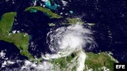 Imagen del satélite del huracán Matthew captada en la tarde del sábado 1 de octubre.