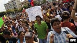 Lider juvenil expondra situación de Venezuela en congreso sobre democracia