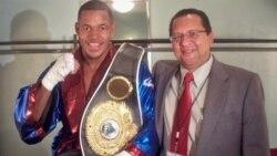Barrera tras ganar en el 2011 en el peso semipesado el título Fedelatín de la AMB y el fajín Latino de la OMB. (Foto ENG/OCB).