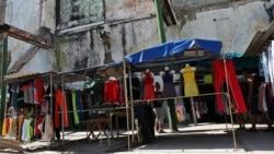 Prohibido vender ropa importada