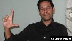 Entregan póstumamente galardón a fallecido activista cubano