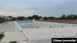 Reporta Cuba Manati casa calles piscina ruinas Foto Henri Constantin