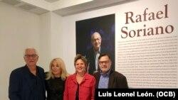 De Izq. a der.: David Schler, Beverly Jacobson-Schler, Hortensia Soriano y Alejandro Anreus.