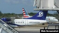 Un avión de Aerogaviota en el Aeropuerto de Holguín. (Archivo)