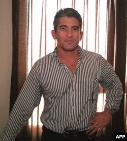 El 28 de febrero de 1996 el espía Roque apareció en la televisión cubana acusando a Hermanos al Rescate de ser un grupo terrorista.
