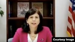 Mara Tekach, encargada de Negocios de la Embajada de los Estados en La Habana, en una captura de pantalla del video con su declaración.