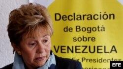 La expresidenta de Panamá Mireya Moscoso, integra la comitiva de expresidentes invitados por la oposición.