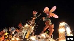Celebración de los Carnavales de Santiago de Cuba en julio de 2008. EFE/Alejandro Ernesto