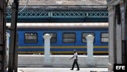 Denuncian deficiencia del sistema ferroviario en Cuba.