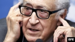 El mediador Lajdar Brahimi