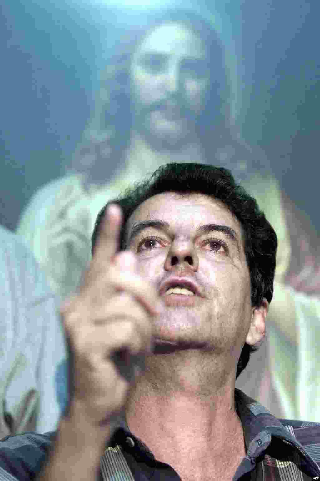 El disidente cubano Oswaldo Payá, fotografiado el 14 de mayo de 2002, en La Habana.
