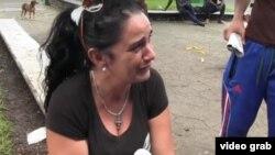 Leticia Lucía Díaz Pérez pide ayuda para recuperar a su hija, detenida por Inmigración en Chiapas.