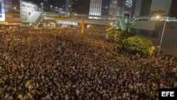Protestas se extienden por Hong Kong.