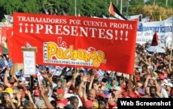 Cuentapropistas cubanos han desfilado en el desfile del 1 de Mayo en los últimos años.