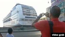 Crucero Opera llega a La Habana.