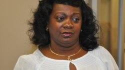 Llega a Miami la líder de las Damas de Blanco Berta Soler