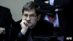 Comparecencia de Schoklender en el parlamento