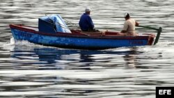 Acosan a pescadores en Caimanera