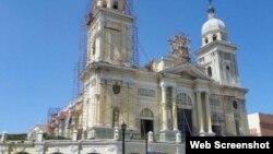 Trabajos de reparación de la Catedral de Santiago de Cuba.