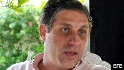 El profesor de la Universidad de Denver (EE.UU.), el cubanoamericano Arturo López Levy.