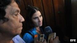 Se reúne periodista de New York Times con comunicadores independientes cubanos