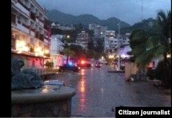 En Puerto Vallarta el huracán Patricia sólo dejó lluvias.