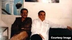 Norberto Fuentes y Gabriel García Márquez en La Habana.